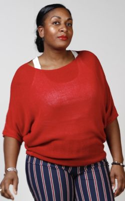 Exxcellent top basic rood Plus size